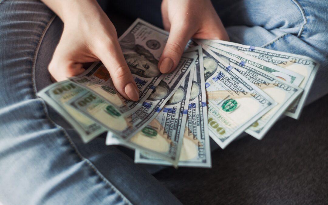 Salary Negotiation – 7 Effective Strategies